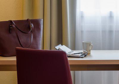 Arbeitsbereich alle Zimmer Fürther Hotel Mercure Nürnberg West