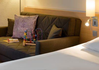Familein Zimmer Schlafcouch Fürther Hotel Mercure Nürnberg West
