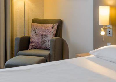 Standardzimmer Einzel Doppel Sessel Fürther Hotel Mercure Nürnberg West